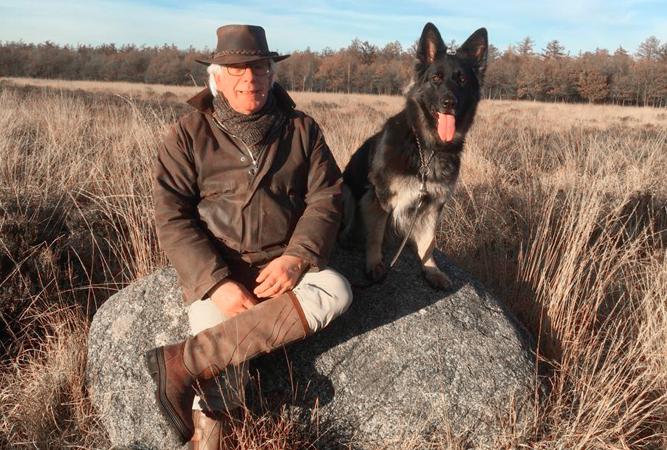 Foto van Peter en Jara op het Noordsche Veld bij Peest.